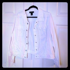 White denim jacket sz 20 Lane bryant